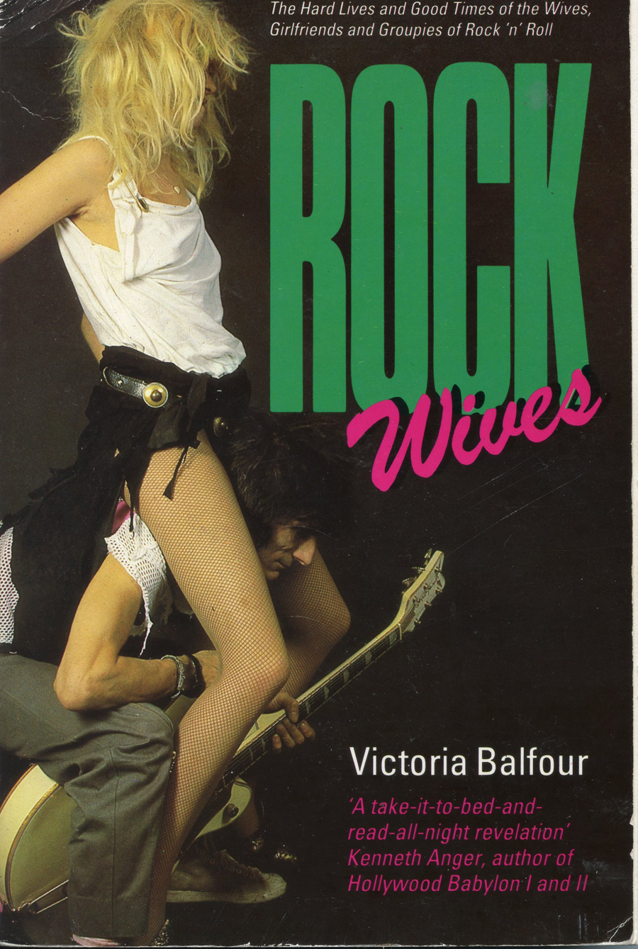 Rock Wives001