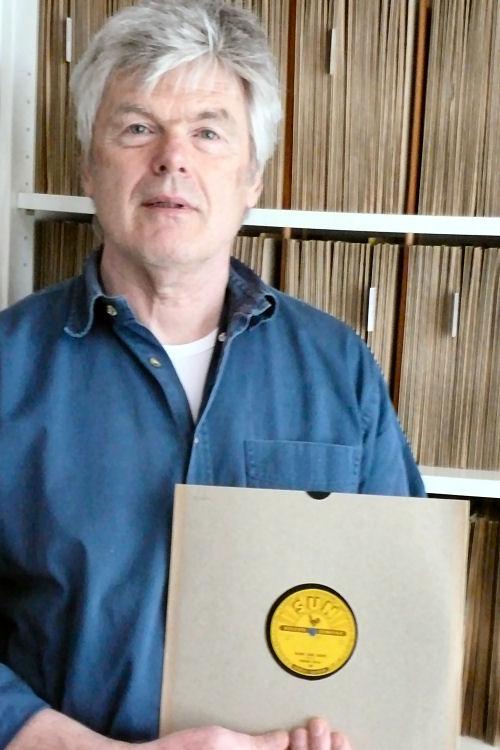 Hugo Van Der Laan Voor Zijn Platencollectie