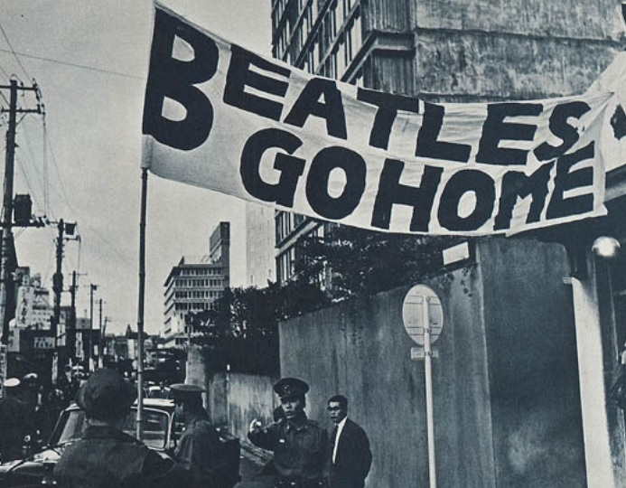 397 3 Beatles go home
